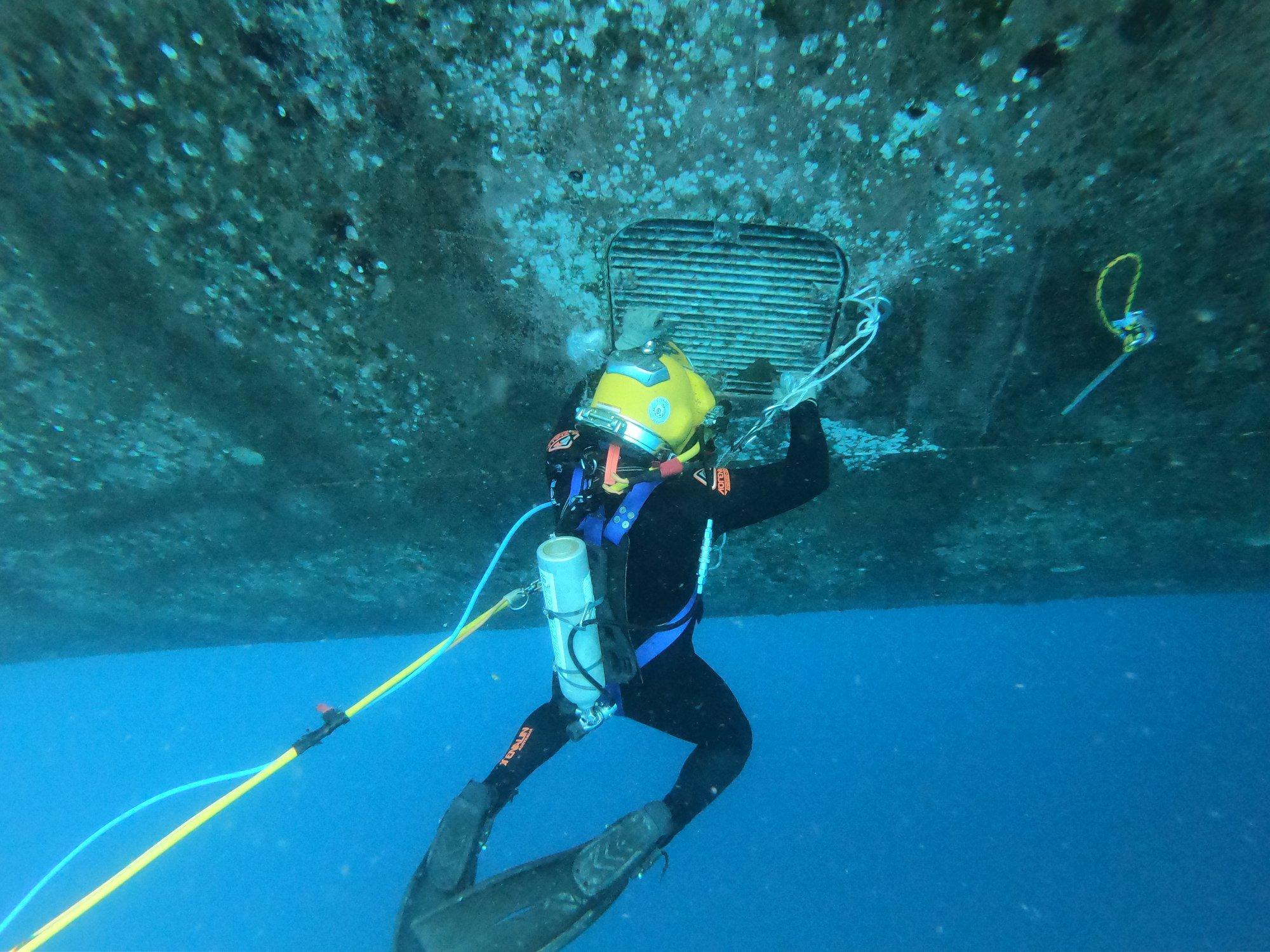 Diving Services